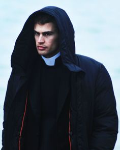 Theo James on the set of The Secret Scripture, Theo Theo, Theo James, The Secret Scripture, Theodore James, Shailene Woodley, Sun And Stars, British Men, I Need To Know, Fangirl