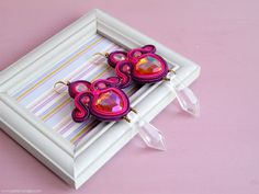 Eye catching design for these statement earrings! Handmade soutache jewelry by Perle & Vaniglia.