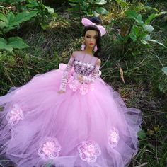 Barbie Princess, Princess Gowns, Barbie Clothes, Barbie Dolls, Glamour Dolls, Bridal Gowns, Wedding Dresses, Poppies, Tulle