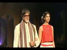WATCH Amitabh Bachchan walks the ramp with his daughter Shweta at Mijwan Fashion Show 2015. See the video at : https://youtu.be/THTLmlJT67Q #amitabhbachchan #bollywood #bollywoodnews
