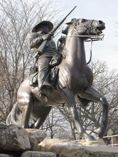 Buffalo Soldier; buffalo soldiers, ft. leavenworth, monuments, photography