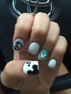 ErikaCosplay  - My Disney nails