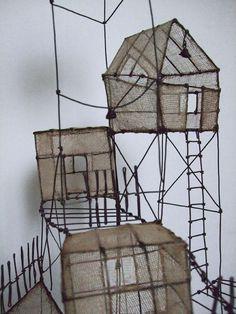 ° détail les cabanes dans la dune 01 fil de fer & tarlatane teintée
