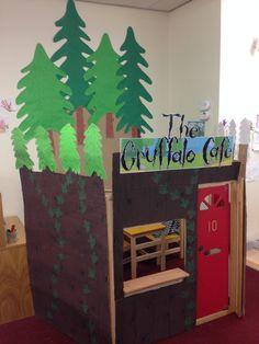 Gruffalo cafe role play Gruffalo Eyfs, Gruffalo Activities, Gruffalo Party, The Gruffalo, Educational Activities, Eyfs Classroom, Classroom Displays, Camping Dramatic Play, Gruffalo's Child