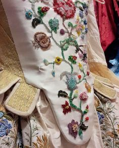 Joia Rara. A designer Marisa Convento, dona da Venetian Dreams, faz peças autorais e salpicadas de enredos fascinantes