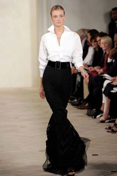 75 of Ralph Lauren's Best Red Carpet and Runway Looks  - TownandCountryMag.com