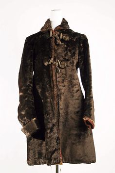 1880 seal coat.  I wouldn't want to be the one to bludgeon the seal... But this is mighty mighty fine.