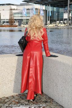 Red Leather Dress, Long Leather Coat, Leather Blazer, Leather Dresses, Crazy Outfits, Cute Outfits, Red Raincoat, High Fashion, Womens Fashion