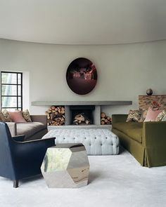 Awesomeness all around, tufted ottoman