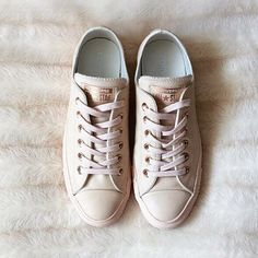 fa8e13fcd023 RG 📷  littlefirsthome feat our  exclusive  converse All Star Low Leather  in. Converse Rose GoldTan ...