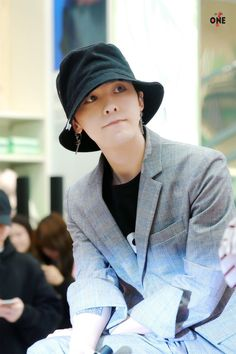 """More G-Dragon @ """"My 8 Seconds Fan Event"""" in Myeongdong (170501) & Others Instagram Updates of Him [PHOTO] - bigbangupdates"""