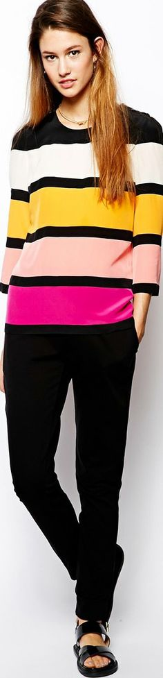 http://www.boomerinas.com/2014/05/19/4-reasons-why-silk-is-best-fabric-for-older-women/
