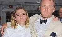 СплетниСлухи: Сын Мадонны внес свою мать в «черный список», прод...