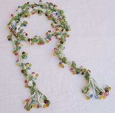 crochet beads lariat necklace - Someday I would like to try crocheting with… Textile Jewelry, Beaded Jewelry, Handmade Jewelry, Jewellery, Beaded Flowers, Crochet Flowers, Thread Crochet, Knit Crochet, Weird Jewelry