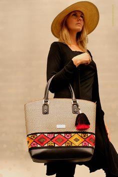 meridianoproducts.ch Limon Piel Ladies Bags, Handmade Bags, Shoulder Bag, Bourbon, Classic, Leather, Fashion, Handmade Handbags, Handbags