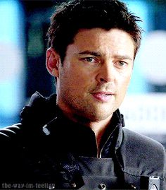 """(So much """"i miss Almost Human"""") it's unbearable. Karl urban as Det. Kennex."""