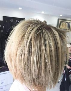 23 Stylish Bob Haircuts For Women 2019 – Page 21 of 24 – Lead Hairstyles - Langhaarfrisuren Bob Haircuts For Women, Choppy Bob Hairstyles, Short Bob Haircuts, Medium Hair Styles, Short Hair Styles, Modern Bob Haircut, Rides Front, Short Hair Cuts, Hair Trends