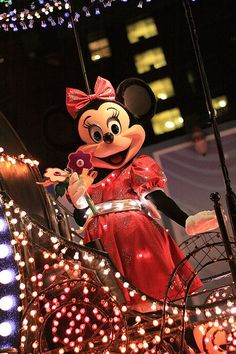 Disney's Electrical Parade: Minnie Mouse