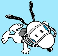 Thing are going swimmingly for Snoopy. Snoopy Cartoon, Peanuts Cartoon, Peanuts Snoopy, Cute Cartoon, Snoopy Images, Snoopy Pictures, Peanuts Characters, Cartoon Characters, Charlie Brown Y Snoopy