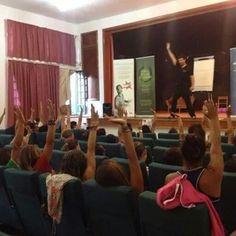 Momentos de la conferencia hoy en Haria en La Tegala mañana en Tias #caminaporelfuego #sisepuede #firewalking #motivacion  www.caminaporelfuego.com