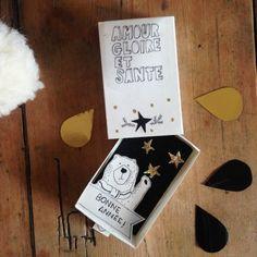 Une carte de voeux pop-up : Pop up greeting card
