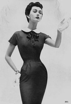 Retro Fashion Dovima, American Vogue, May 1954 - Dovima modeling a Mollie Parnis sheath dress in American Vogue, May Restored from an original advert, kindly donated by Stephen. Vintage Vogue, Vintage Glamour, Vintage Beauty, Moda Retro, Moda Vintage, 1950s Style, Vintage Outfits, Vintage Dresses, Retro Fashion 50s