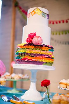 10 Cinco de Mayo Inspired Wedding Cakes 08