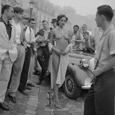 Queen and her thoughts - by  Ruslan Lobanov, Ukrainain