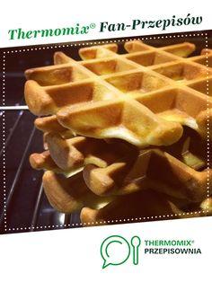 GOFRY IDEALNE - chrupiące i puszyste jest to przepis stworzony przez użytkownika Dziewczyna Informatyka. Ten przepis na Thermomix® znajdziesz w kategorii Przepisy podstawowe na www.przepisownia.pl, społeczności Thermomix®. Waffles, Food And Drink, Cooking, Breakfast, Recipes, Cos, Kitchen, Bakken, Morning Coffee