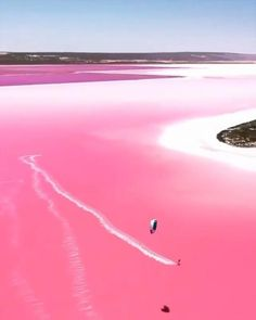 Beautiful Photos Of Nature, Beautiful Places To Travel, Cool Places To Visit, Esperance Australia, Places Around The World, Around The Worlds, Pink Lake, Vacation Places, Travel Aesthetic