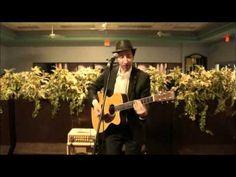 Saul Kaye - Jewish Blues. Delightful and so talented.