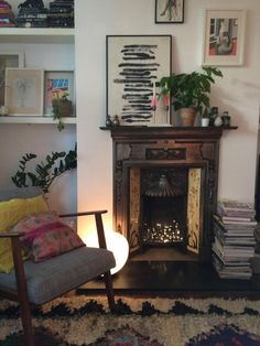 fireplace with ball light emily henson life unstyled - Home Professional Decoration Tiny Living Rooms, My Living Room, Home And Living, Living Room Decor, Cosy Living Room Small, Bedroom Decor, Bedroom Fireplace, Diy Fireplace, Farmhouse Fireplace