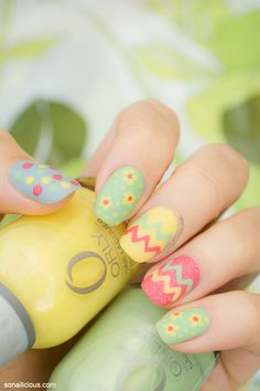 Cute Easter nails! How to up on SoNailicious.com #easter #nails #nailart