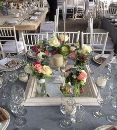 decoración de la boda hipster #bodas #ideas  Centros de mesa