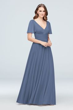 Searching for stunning plus size bridesmaid dresses for your bridal party? View David's Bridal expansive collection of elegant plus size bridesmaid dresses in great colors and styles! Steel Blue Bridesmaid Dresses, Bridesmaid Dresses With Sleeves, Davids Bridal Bridesmaid Dresses, Bridesmaid Dresses Plus Size, Bridesmaid Dress Colors, Junior Bridesmaids, Bride Dresses, Wedding Bridesmaids, Wedding Dresses