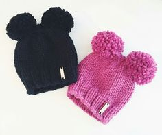 Hats Boys Beanie, Knit Beanie, Knitting For Kids, Knitting For Beginners, Baby Winter, Winter Hats, Baby Girl Hats, Pom Pom Hat, Disney Hat