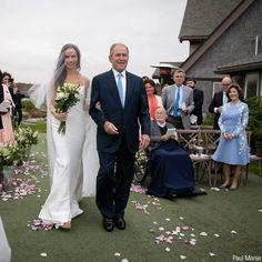 President Bush 43 His daughter wedding American Presidents, Us Presidents, George Bush Family, Famous Wedding Dresses, Laura Bush, Former President, Celebrity Babies, Wedding Pics, Celebrity Weddings