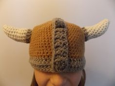 I finally found a free pattern, yay! Thank you Great Grey Crochet: Viking Hat