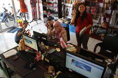Batik online shop yang marak