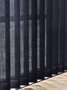 bece® verticale jaloezie kleurnr. 15247 Luxury black #zwart #raamdecoratie #luxe #inspiratie Window Screens, Blinds For Windows, Curtains With Blinds, Window Curtains, Terrace Design, Window Design, Modern House Design, Internal Doors, Landscape Design