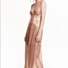 Kuvahaun tulos haulle h&m rose gold sequin dress Rose Gold Sequin Dress, Prom Dresses, Formal Dresses, Sequins, Fashion, Dresses For Formal, Moda, Formal Gowns, Fashion Styles