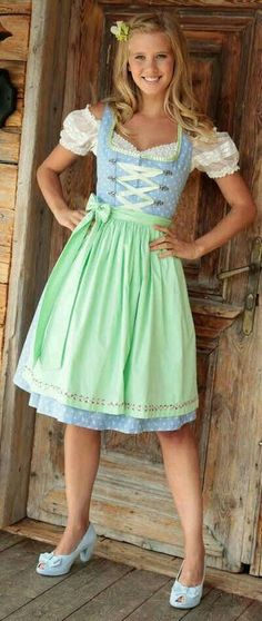 Drindl Dress, Maid Dress, Octoberfest Girls, Very Good Girls, Nice Girl, German Fashion, Girl Outfits, Fashion Outfits, Medieval Dress