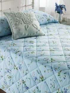 Wildflower Print Quilted Bedspread Is In Full Bloom