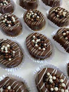 Cake Recipes, Dessert Recipes, Dessert Food, Pav Recipe, Algerian Recipes, Arabic Dessert, Reception Food, Fancy Desserts, Indian Sweets