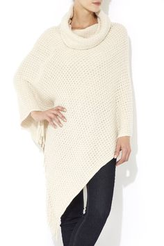 Next thing you need, ponchos and wraps! Cream cowl neck poncho! #ponchos #wraps #staywarm #winterseasonoutfit #musthave #style #trend