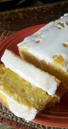 Recipe for Copycat Starbucks Lemon Pound Cake - This cake has a very pronounced lemony flavor, super moist, fluffy yet dense, almost bread pudding-like consistency with a delicious white lemony glaze.