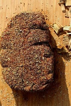 Sharing a step-by-step guide about how we smoke a tender and juicy smoked chuck roast of your own. Traeger Recipes, Smoked Meat Recipes, Venison Recipes, Sausage Recipes, Grilling Recipes, Jerky Recipes, Rib Recipes, Smoked Roast Recipe, Beef Meals