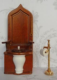 Victorian Toilet, Victorian Bathroom, Victorian Dolls, Victorian Era, Barbie Furniture, Dollhouse Furniture, Decoration, Art Decor, Home Decor