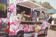 Liliz Mobile Flower Boutique Car Design - gld/frd - Branding and truck graphics for a mobile flower boutique. The truck itself serves as a flower shop and stops at different locations.