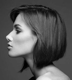 Chic Angled Bob Haircuts You Will Love - Hairstyle Zone X Bobs For Thin Hair, Short Straight Hair, Straight Hairstyles, Bob Hairstyles, Drawing Hairstyles, Female Hairstyles, Side Portrait, Foto Portrait, Female Portrait